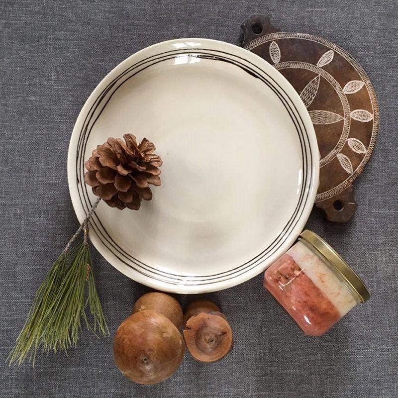 sandrine-cuerva-poterie-ateliers-du-rocher-venterol-home